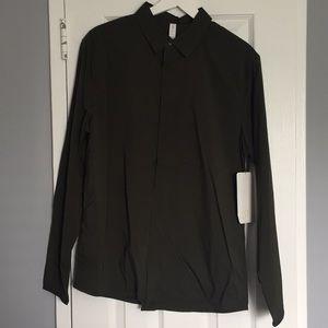 lululemon athletica Shirts - Lululemon On Time LS Buttondown in Dark Olive